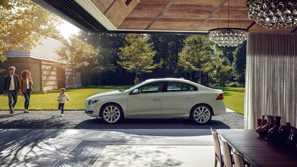 Volvo 9 Month Lease Pull Ahead Program at Volvo Cars Keene