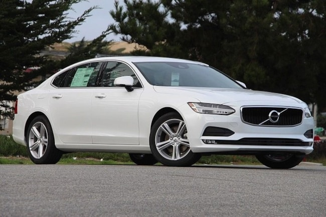 New 2018 Volvo S90 T5 FWD Momentum Sedan in Seaside, CA