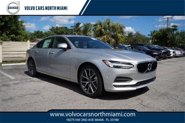 New 2018 Volvo S90 T6 Momentum Sedan in Miami, FL