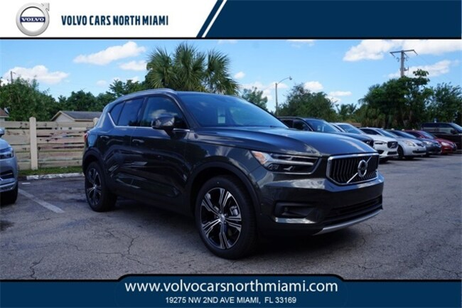 New 2019 Volvo XC40 T4 Inscription SUV in Miami, FL