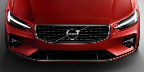 2019 Volvo S60 front grille