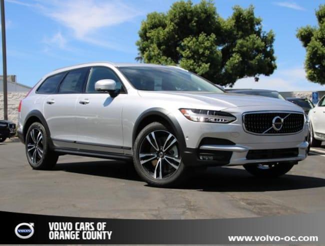 New 2018 Volvo V90 Cross Country T5 AWD Wagon in Santa Ana CA