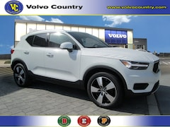 New 2019 Volvo XC40 T5 Momentum SUV YV4162UK1K2130772 for sale near Princeton, NJ at Volvo of Princeton