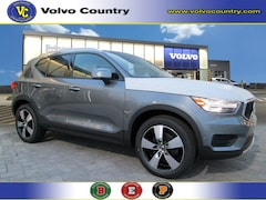 New 2019 Volvo XC40 T5 Momentum SUV YV4162UK2K2127430 for sale near Princeton, NJ at Volvo of Princeton