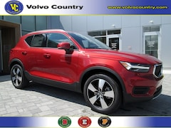 New 2019 Volvo XC40 T4 Momentum T4 FWD Momentum for sale in Somerville, NJ at Bridgewater Volvo