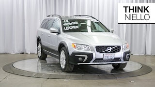 Certified Pre-Owned 2016 Volvo XC70 T5 Premier Wagon YV4612NK3G1236897 for Sale in Sacramento