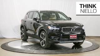 New 2019 Volvo XC40 T5 Inscription SUV in Sacramento