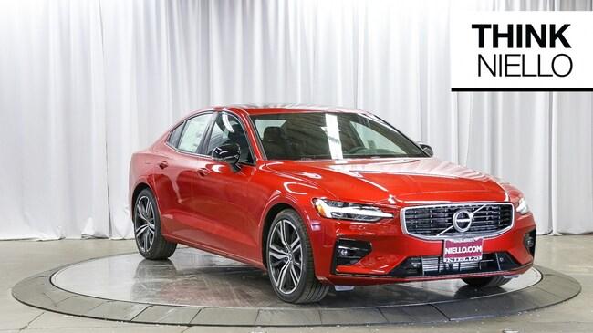 New 2019 Volvo S60 T6 R-Design Sedan in Sacramento, CA