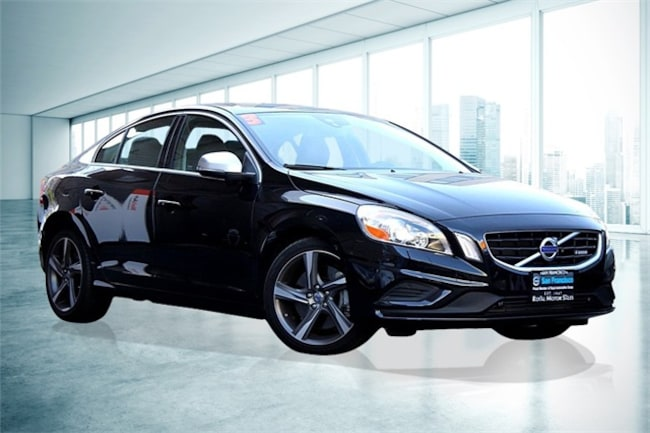 2013 Volvo S60 T6 Platinum Sedan