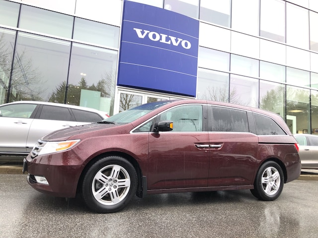 2013 Honda Odyssey Touring Local Car No Accident Claim 12.2-inch DVD! Minivan