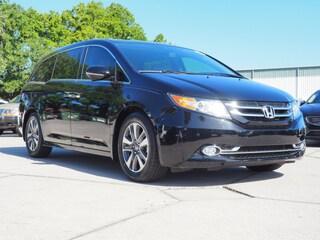 2015 Honda Odyssey Touring  Mini-Van 5FNRL5H99FB122591