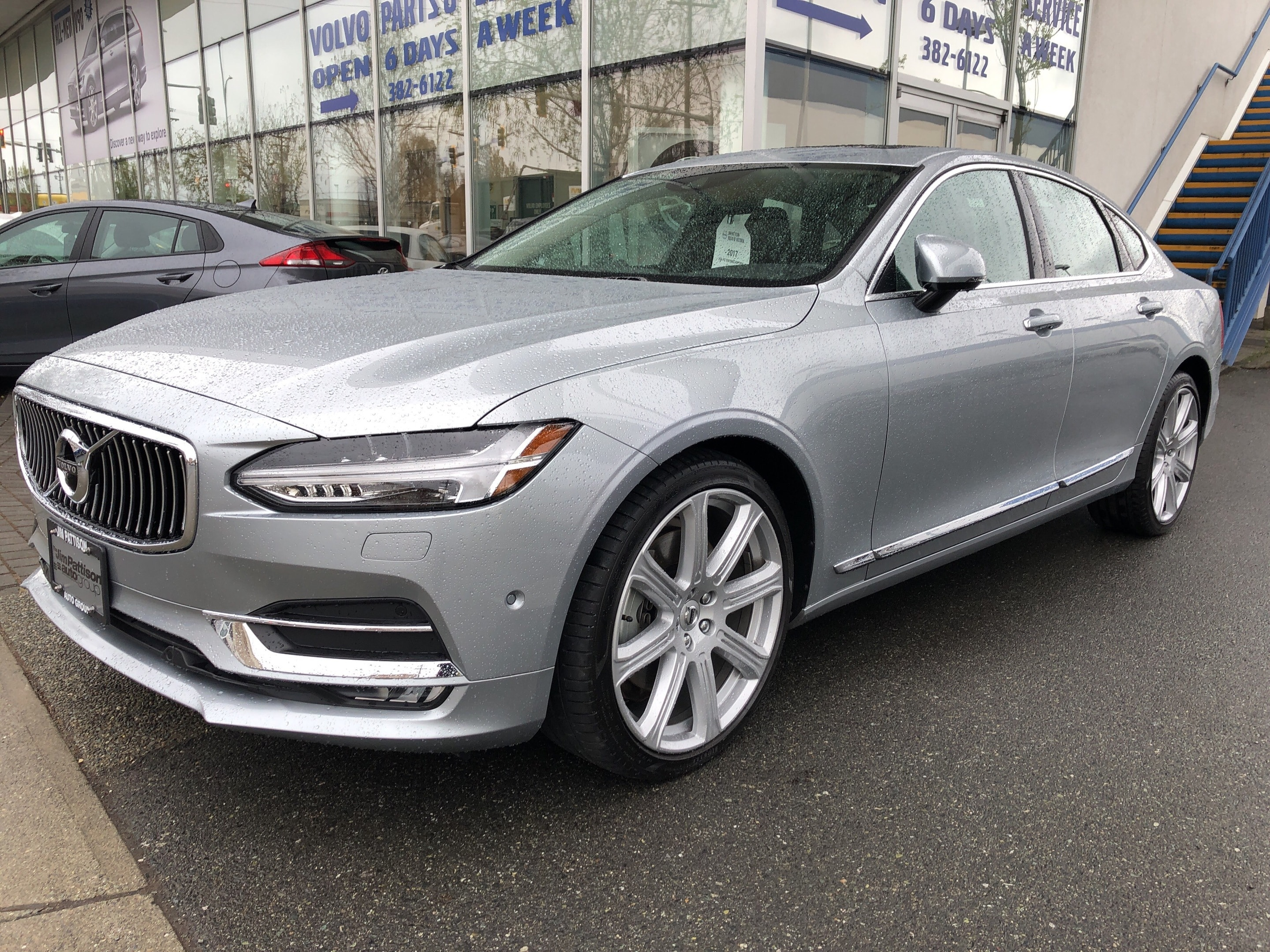 2017 Volvo S90 Inscription Sedan