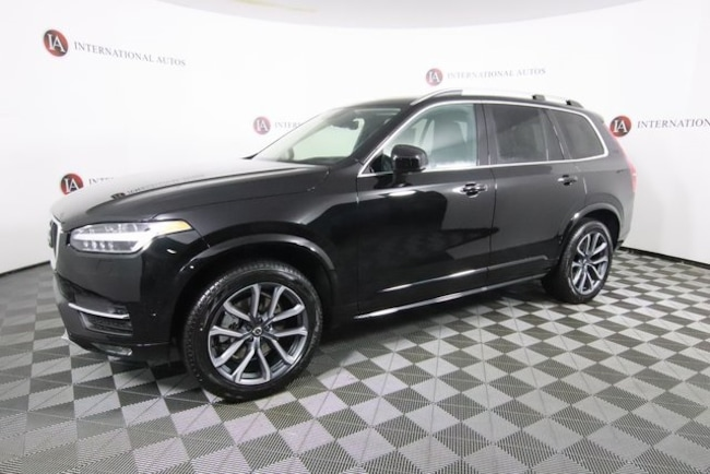 New 2019 Volvo XC90 T6 Momentum SUV for sale in Tinley Park, IL