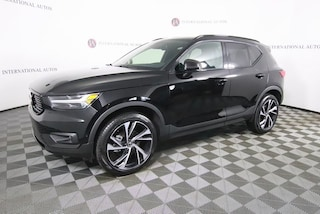 New 2019 Volvo XC40 T5 R-Design SUV for sale in Tinley Park, IL
