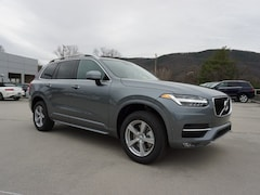 New 2018 Volvo XC90 T5 FWD Momentum (7 Passenger) SUV YV4102CK2J1339493 for Sale in Roanoke, VA