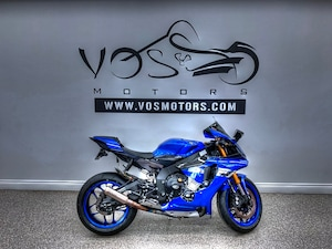 2016 YAMAHA R1  - No Payments For 1 Year**