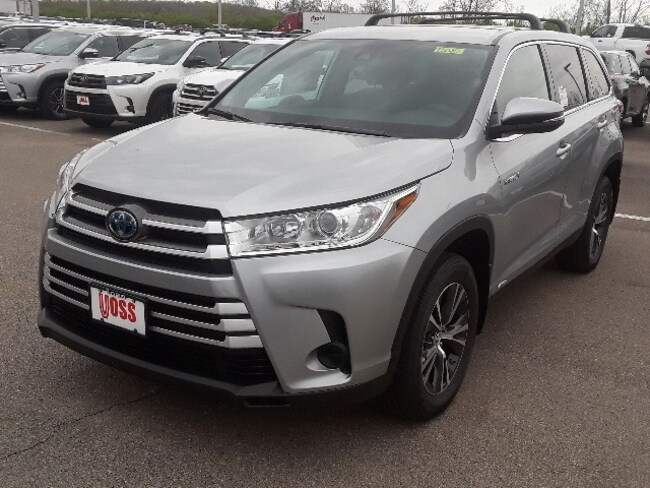Toyota Dealership Dayton Ohio >> New 2019 Toyota Highlander Hybrid Le Silver Suv For Sale Or Lease