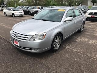 2006 Toyota Avalon Limited Sedan