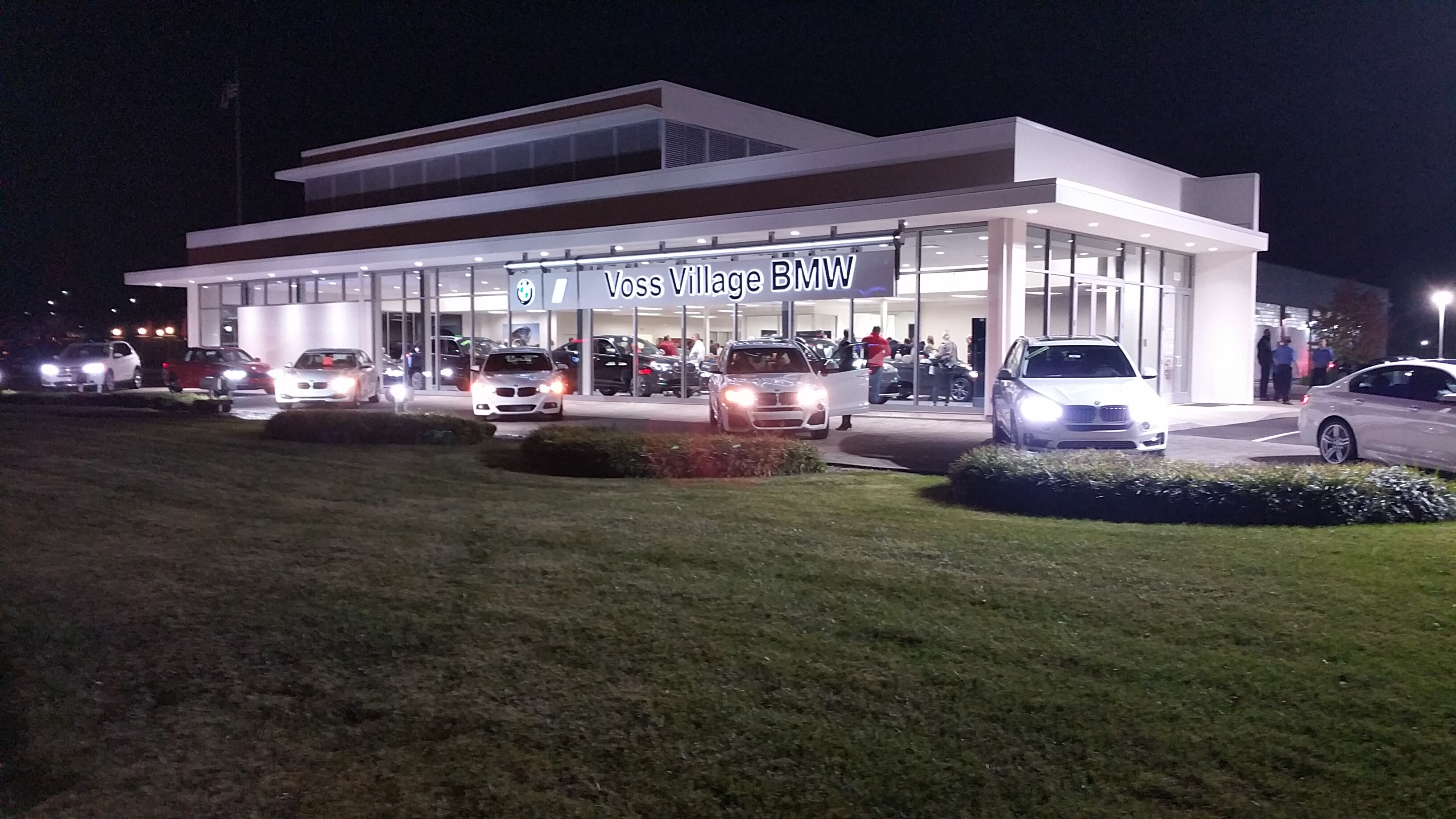New And Used BMW Dealership Serving Dayton Centerville And - Voss chevrolet car show