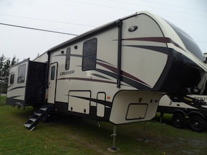 2019 CRUISER BY CROSSROADS RV 339RL