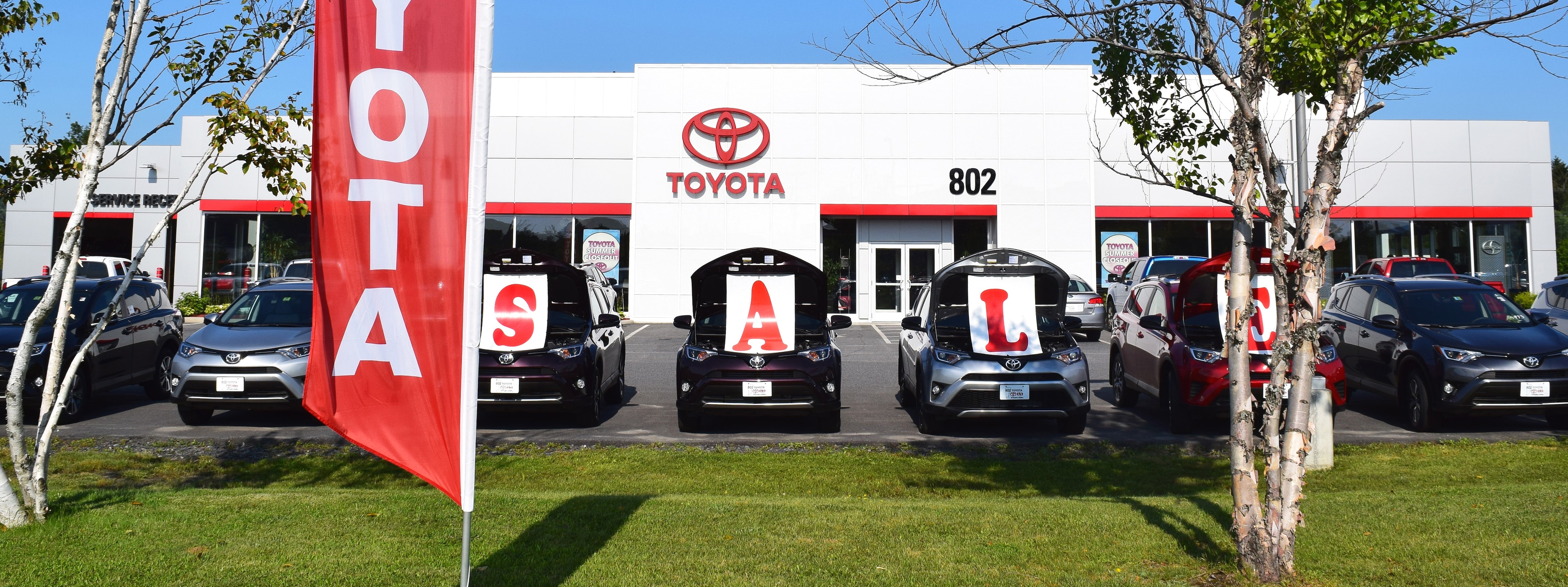 hours of operation holiday closures 802 toyota