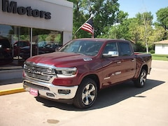 New 2019 Ram 1500 LARAMIE CREW CAB 4X4 5'7 BOX Crew Cab for sale in Cooperstown, ND at V-W Motors, Inc.