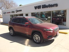 New 2019 Jeep Cherokee LATITUDE PLUS 4X4 Sport Utility for sale in Cooperstown, ND at V-W Motors, Inc.