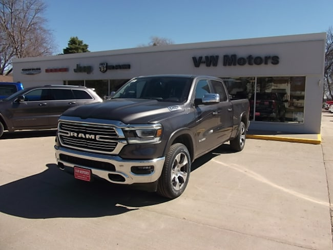 New 2019 Ram 1500 LARAMIE CREW CAB 4X4 6'4 BOX Crew Cab for sale in Cooperstown, ND at V-W Motors, Inc.