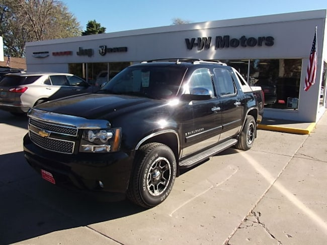 Used 2008 Chevrolet Avalanche 1500 Truck Crew Cab for sale in Cooperstown, ND