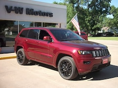 New 2019 Jeep Grand Cherokee ALTITUDE 4X4 Sport Utility for sale in Cooperstown, ND at V-W Motors, Inc.