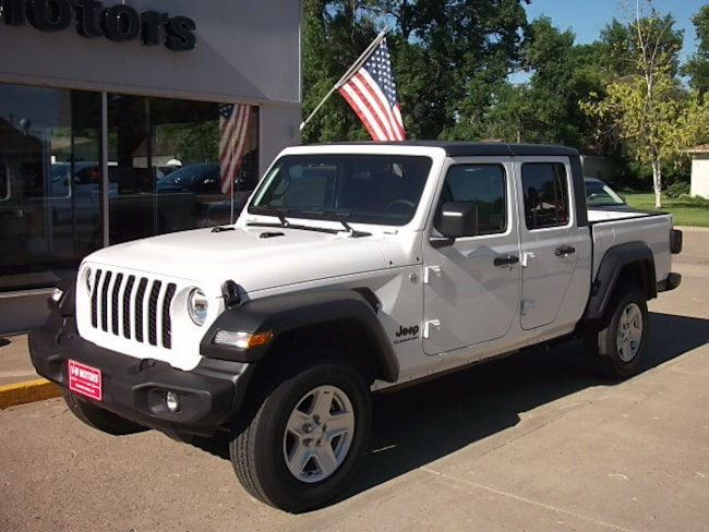 New 2020 Jeep Gladiator SPORT S 4X4 Crew Cab for sale in Cooperstown, ND at V-W Motors, Inc.