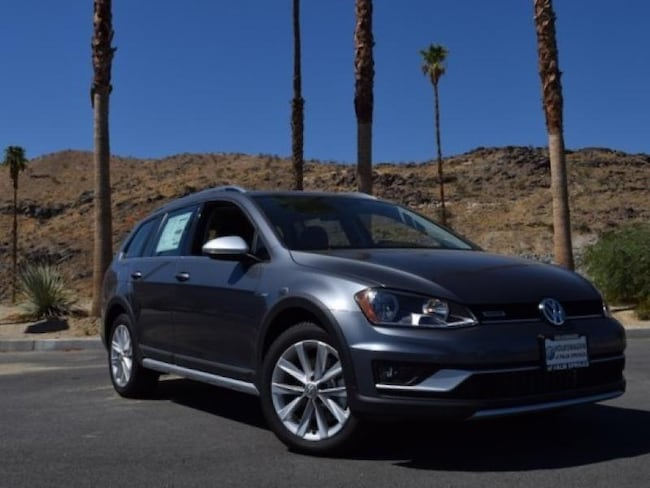 New 2017 Volkswagen Golf Alltrack TSI SE 4MOTION Wagon in Cathedral City