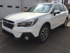 New 2019 Subaru Outback 2.5i Touring SUV 4S4BSATC3K3310784 for sale in Massillon, OH