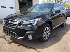 New 2019 Subaru Outback 2.5i Touring SUV SS29763 for sale in Massillon, OH