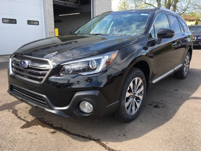New 2019 Subaru Outback 2.5i Touring SUV for sale in Massillon, OH