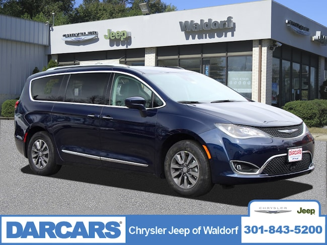 New 2019 Chrysler Pacifica TOURING L PLUS Passenger Van Waldorf, MD