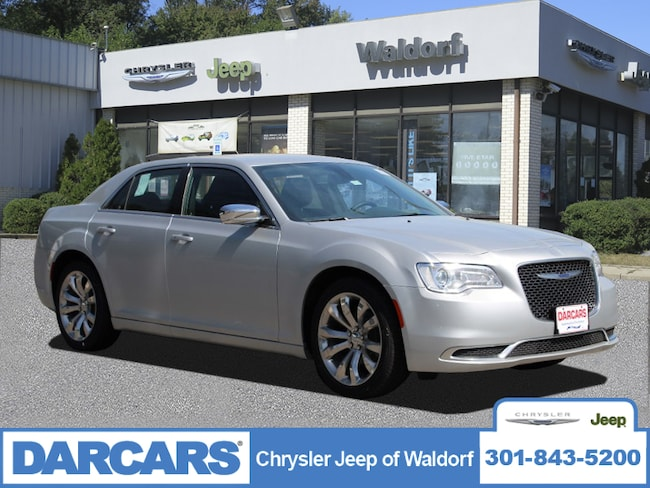 New 2019 Chrysler 300 TOURING Sedan Waldorf, MD