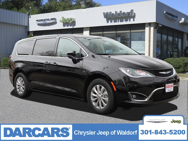 New 2019 Chrysler Pacifica TOURING PLUS Passenger Van Waldorf, MD