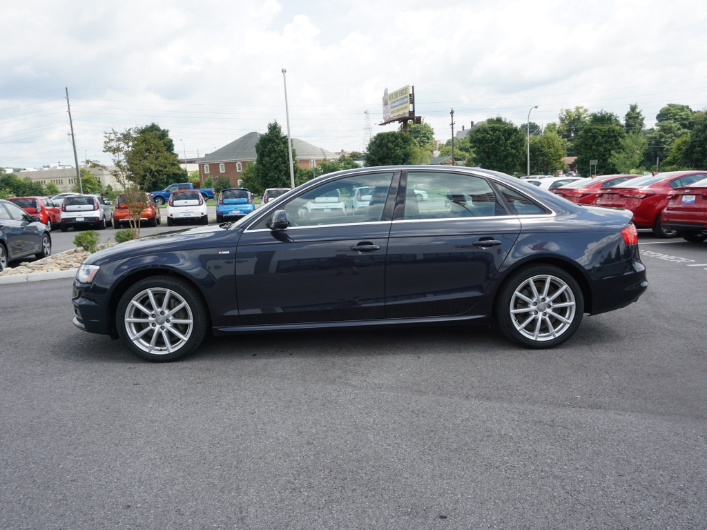 2015 Audi A4 2.0T Premium Plus Quattro AWD 2.0T quattro Premium Plus  Sedan 8A