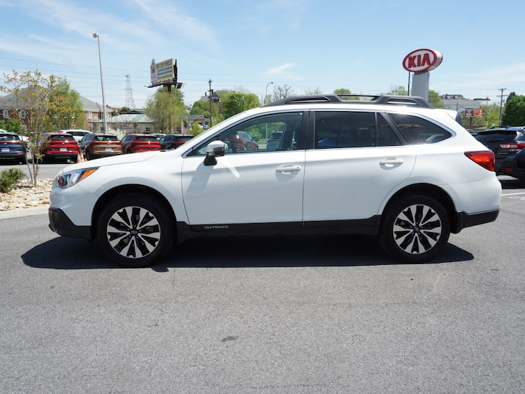 Certified Pre-Owned 2017 Subaru Outback LTD AWD 2.5i Limited  Wagon in Bristol, TN