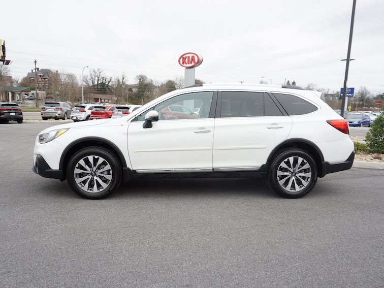 Certified Pre-Owned 2018 Subaru Outback 3.6R Touring AWD 3.6R Touring  Wagon in Bristol, TN