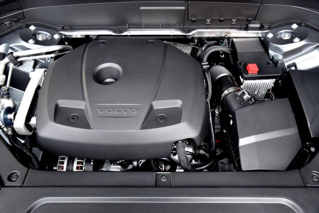 A powerful engine inside the 2022 Volvo XC60