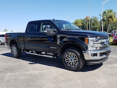 new 2019 Ford F-250 Lariat Truck Crew Cab in Live Oak