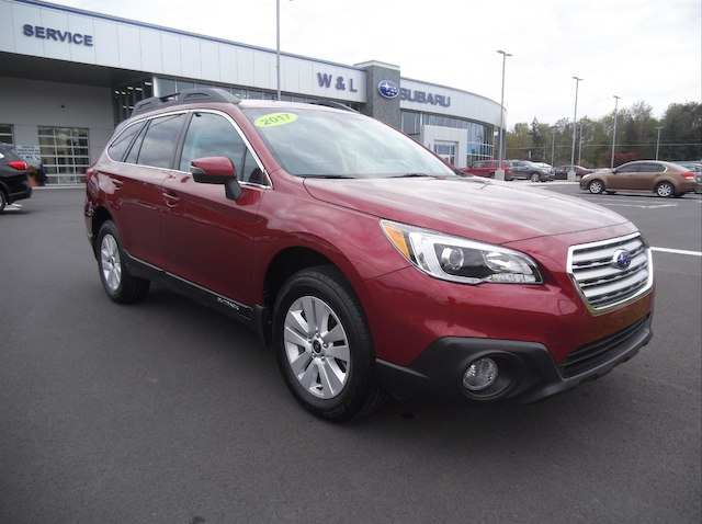2017 Subaru Outback 2.5i Premium W/Moonroof/Nav/Eyesight++ SUV