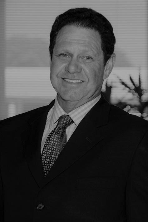 Warren Henry Zinn: Chief Executive Officer. 1dbc1510608f4553ac50f5784d316493