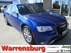 Used  2018 Chrysler 300 Limited for sale in Warrensburg, MO