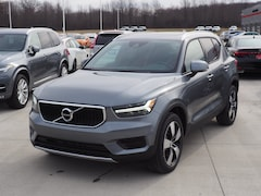 New 2019 Volvo XC40 T5 Momentum SUV YV4162UKXK2126199 for sale in Warren, OH