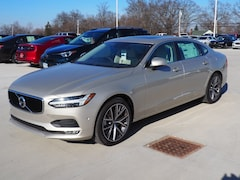 New 2018 Volvo S90 T5 AWD Momentum Sedan LVY982MK5JP031835 for sale in Warren, OH