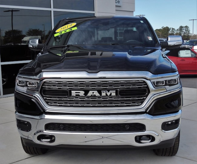 NEW 2019 Ram 1500 LIMITED CREW CAB 4X4 5'7 BOX Crew Cab for sale in Washington, NC