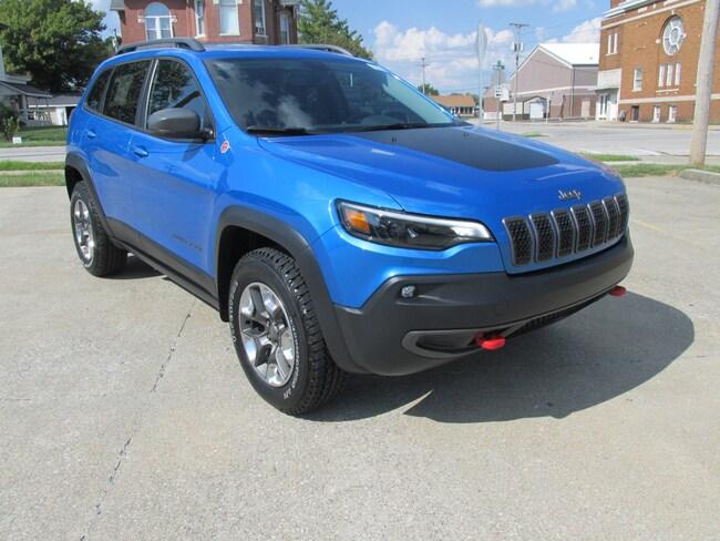 New  2019 Jeep Cherokee TRAILHAWK 4X4 Sport Utility For Sale Washington, IN